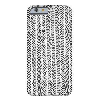 Caja tribal blanca negra del iPhone 6 del modelo Funda De iPhone 6 Barely There