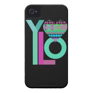 Caja tribal negra linda del iPhone 4 4S de YOLO 4 iPhone 4 Case-Mate Cobertura