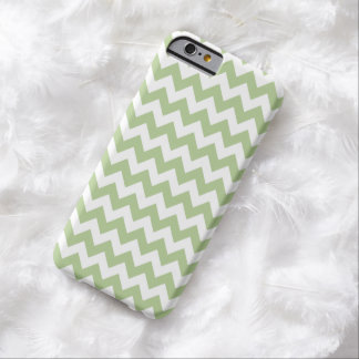 Caja verde del iPhone 6 de Margarita Chevron Funda De iPhone 6 Barely There