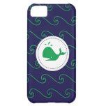 Caja verde y ondulada del cuento de las ballenas d