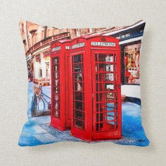 Cajas británicas del teléfono de la milla real de  cojin