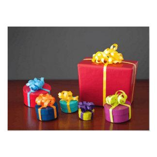 Cajas de regalo coloreadas brillantes del navidad