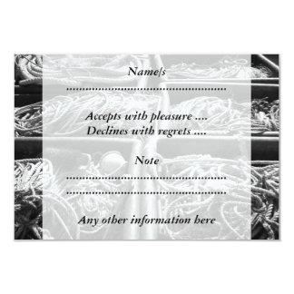 Cajas laterales del puerto de cuerdas invitación personalizada