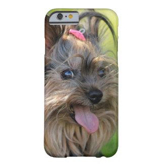 Cajas lindas del teléfono del primer del perro funda barely there iPhone 6