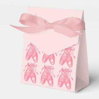 Cajas rosadas rosadas del favor de la tienda de cajas para regalos