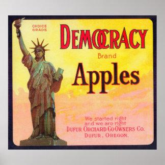 Cajón LabelDufur de Apple de la democracia, O Póster