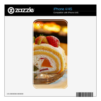 Cake iPhone 4 Decal