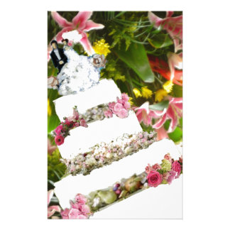 Cake with flowers in weddings stationery