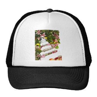 Cake with flowers in weddings trucker hat