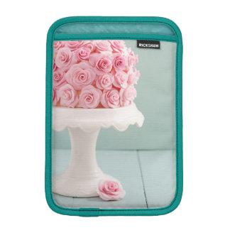 Cake with sugar roses sleeve for iPad mini