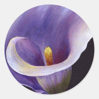 Cala abstracta en púrpura etiquetas redondas