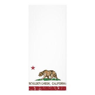 Cala del canto rodado de la bandera de California Invitacion Personalizada
