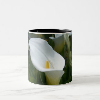 Cala Lilly Mug