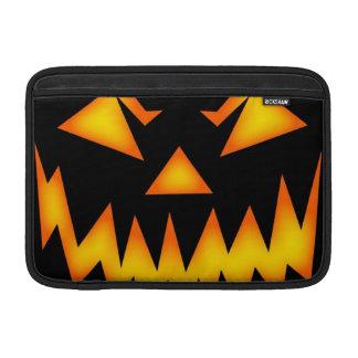 Calabaza asustadiza de Halloween Fundas Para Macbook Air