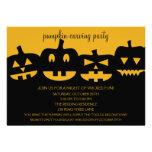 Calabaza de Halloween que talla invitaciones del f Comunicados Personales