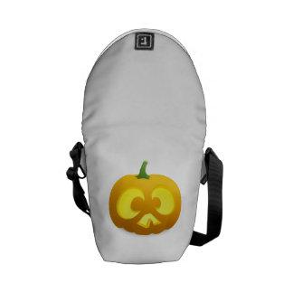 Calabaza de la Jack-o-Linterna de Halloween Bolsas De Mensajería