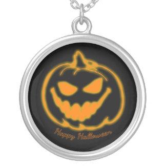 Calabaza de la Jack-o-Linterna del feliz Halloween Colgante Redondo