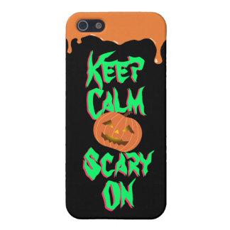 Calabaza fresca de Halloween asustadiza en el caso iPhone 5 Carcasa