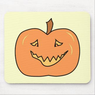 Calabaza linda sonriendo Halloween Alfombrillas De Ratones