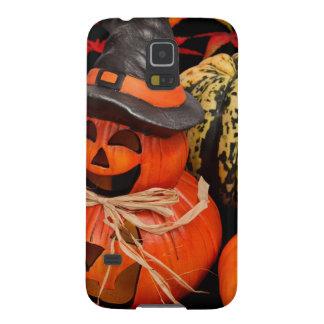 Calabazas de Halloween del otoño y hojas de la caí Funda Para Galaxy S5