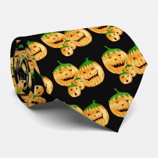 Calabazas incorregibles, modeladas corbatas
