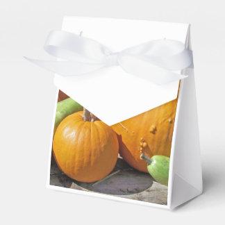 Calabazas y flores de otoño caja para regalos de fiestas