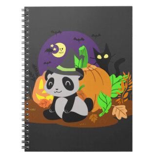 Calabazas y panda de Halloween Libros De Apuntes Con Espiral