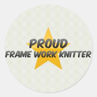 Calcetero orgulloso del trabajo del marco etiqueta