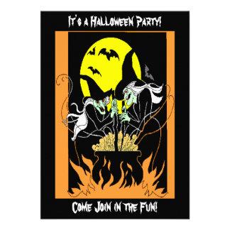 Caldera de las brujas de Halloween Invitaciones Personalizada