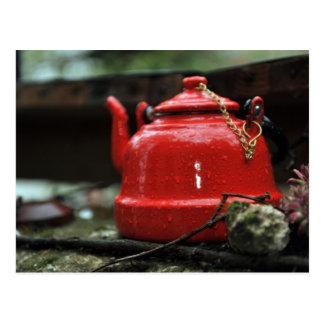 Caldera de té roja romántica tarjeta postal