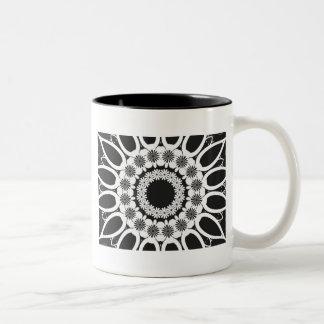 Caleidoscopio blanco y negro 2 taza