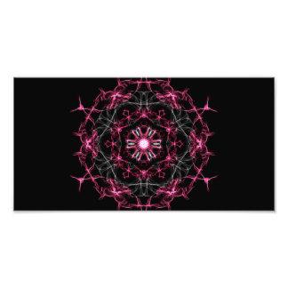 Caleidoscopio de rubíes simétrico