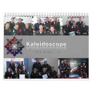 Caleidoscopio: Un equipo de 4way Skydiving Calendario