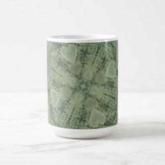 Caleidoscopio verde y de marfil taza clásica