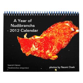 calendario de 12 meses que ofrece las fotos de Nud