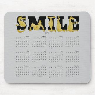 Calendario flexible 2014 del potro de la SONRISA Tapetes De Ratones