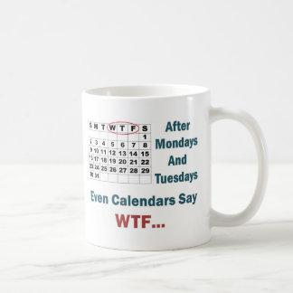 Calendario grosero por completo tazas de café