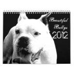 Calendario hermoso del perro de Bullys 2012