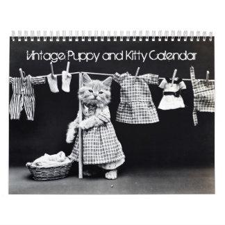 Calendario impreso personalizado del perrito y del