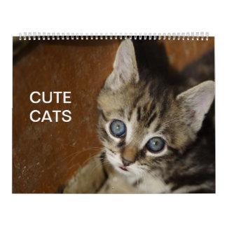 Calendario lindo de los gatos