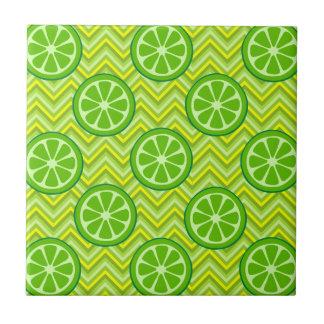 Cales brillantes de la fruta cítrica del verano en azulejo cuadrado pequeño