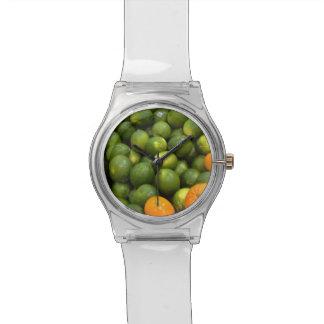 Cales y reloj anaranjado