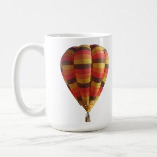Caliente el globo del aire caliente de los colores taza de café