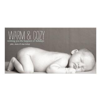 Caliente y acogedor - tarjeta de la foto de famili plantilla para tarjeta de foto