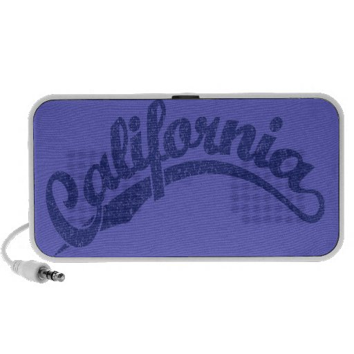 California apenó el logotipo de la escritura en el laptop altavoces