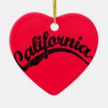 California apenó el logotipo de la escritura en ne adorno de navidad