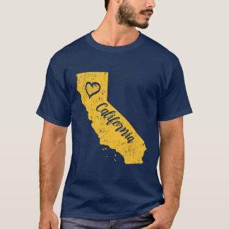 California CA State Love Distressed Vintage tshirt