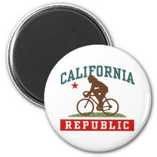 California Cycling Female Magnet