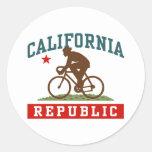 California Cycling Male Classic Round Sticker