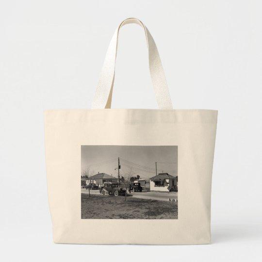 California Dreamin': 1939 Large Tote Bag